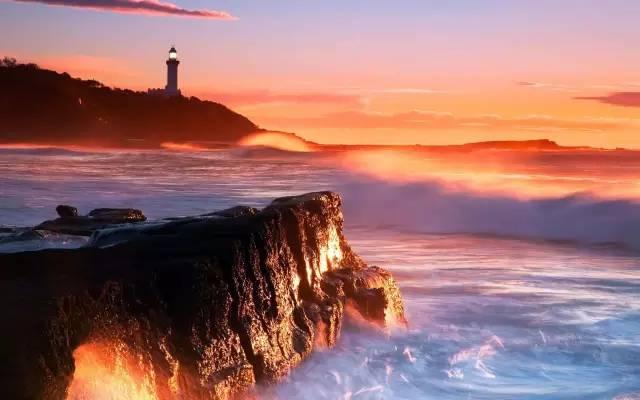 《灯塔》:心中的灯塔熄灭,你能否重新将它点亮?